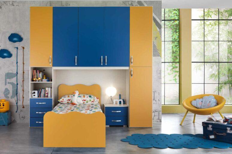 armadio ponte arancione blu